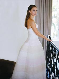 Miss Dior Straggler