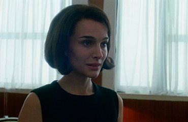Jackie: first clip & reviews