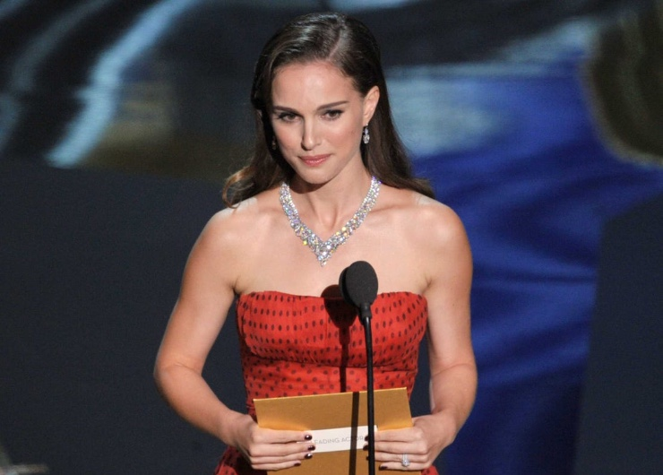 Natalie Portman Joins 2020 Oscar Presenter Lineup